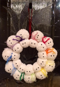DIY - Snowman Pom Wreath Tutorial by A Crocheted Simplicity