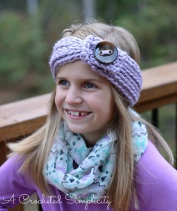 "FREE Crochet Pattern | ""Knit-Look"" Chunky Headwarmer (Child)"