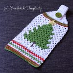 Free Crochet Pattern - Retro Christmas Tree Towel