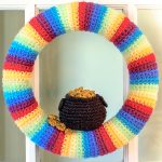 Free Crochet Pattern - St. Patrick's Day Pot-of-Gold by Petals to Picots
