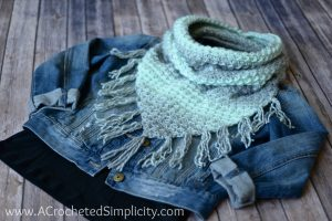 Free Crochet Pattern – Scarfie Bandana Cowl