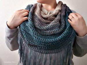 Crochet Pattern - Charlottetown Cowl by Sincerely, Pam