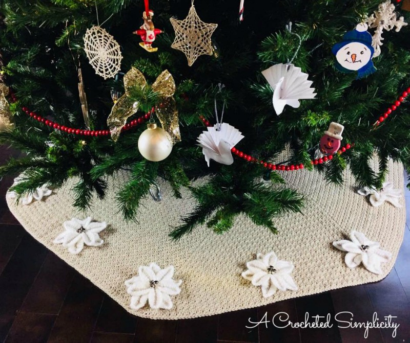 Poinsettia Christmas Tree Skirt Free Crochet Pattern A Crocheted