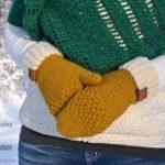 Free Crochet Pattern - Chevron Peaks Mittens by A Crocheted Simplicity #crochet #freecrochetpattern #crochetmittens #chevron #crochetchevron