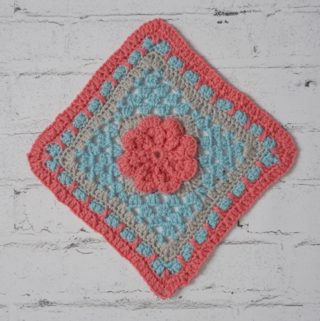 Free Crochet Pattern - Mini-Mystery Crochet Along#crochet #freecrochetpattern #grannysquare