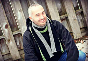 Men's Knit-Look Scarf – Free Crochet Scarf Pattern