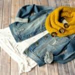 Crochet Pattern - Orlena Cowl by A Crocheted Simplicity #crochetcowl #crochet #crochetpattern #crochetcowlpattern #handmadecowl #lionbrandwoolease #fallcrochet