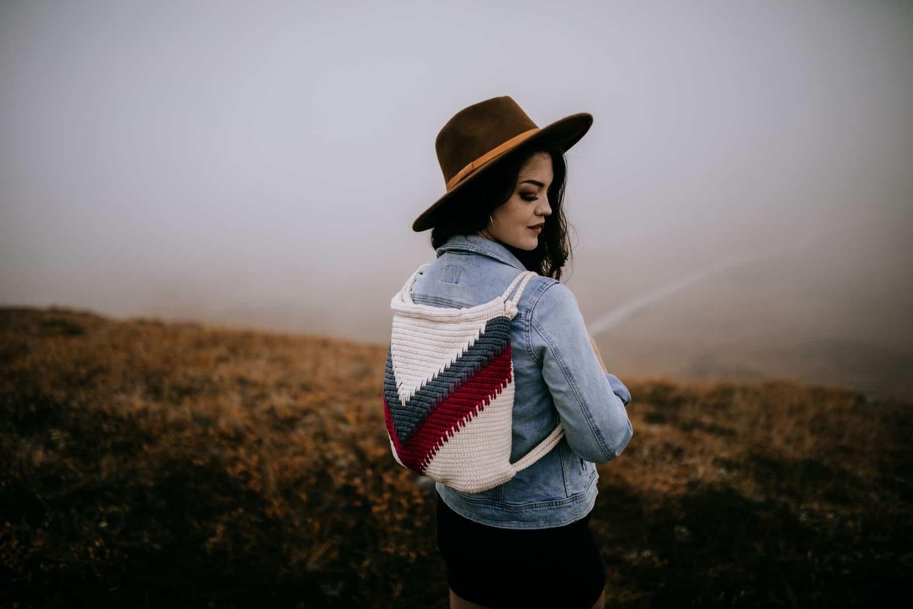 Wanderlust Crochet Backpack - Free Crochet Backpack Pattern by A Crocheted Simplicity #crochetbag #crochetbackpack #crochetchevron #chevronbackpack #handmadebackpack #freecrochetpattern #crochetbackpackpattern #chevron #spikestitch #crochetspikestitch
