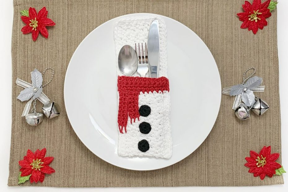 Free Crochet Snowman Belly Flatware Holder Pattern by Blackstone Designs