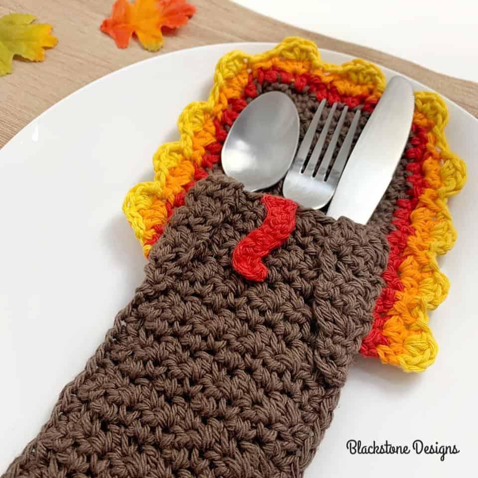 Free Crochet Pattern - Turkey Belly Flatware Holder by Blackstone Designs