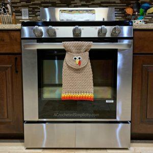 Free Crochet Pattern - Turkey Kitchen Towel by A Crocheted Simplicity . #turkey #crochettowel #crochettowelpattern #crochetdishtowel #crochet #freecrochetpattern #crochetturkey